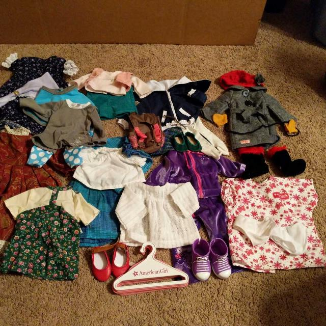 Kroger Gallatin Tn >> Find more Huge Lot Of American Girl Doll Clothes for sale ...