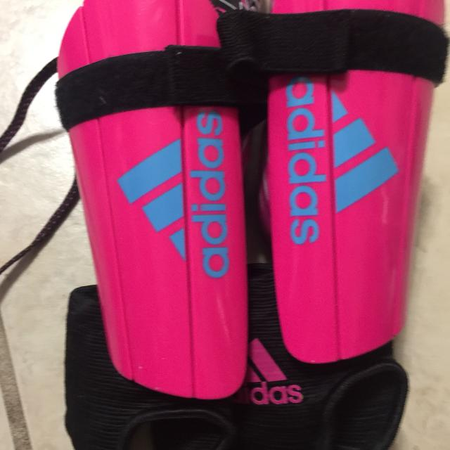 Best Soccer Cleats And Shin Guards For Girls for sale in Wimberley ... 53b972479925