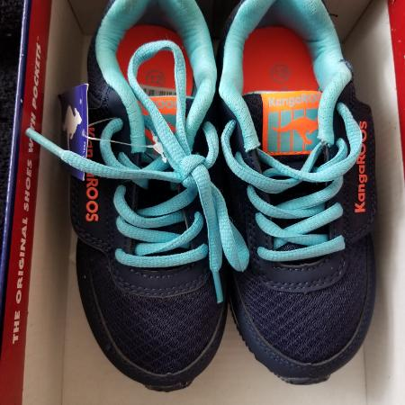 Girls Kangaroos Sneakers Size 12 for sale  Canada