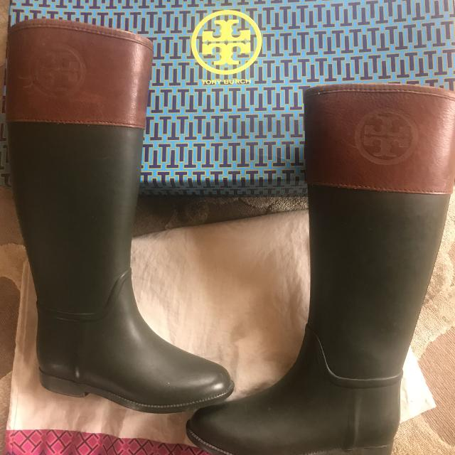 a4cb64f67ce2 Find more Authentic Tory Burch Rain Boots   Riding Boots Sz 7 for ...