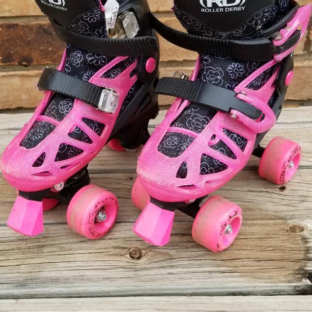 Skates For Sale >> Girls Roller Derby Adjustable Skates