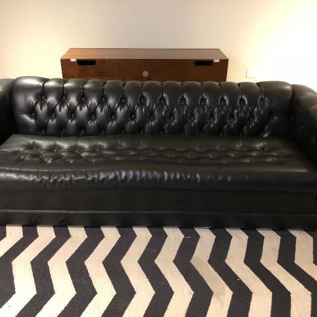 Best Vintage Black Vinyl Tufted Couch