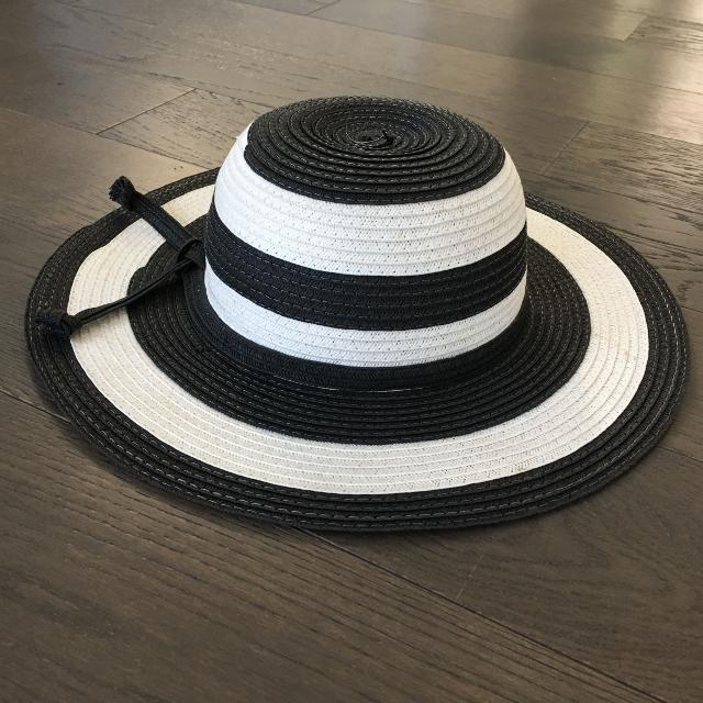 Best Toddler Black And White Sun Hat for sale in Calgary a59a1b5b5f6