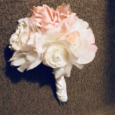 EUC beautiful pink and cream silk flower bouquet