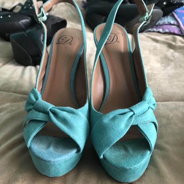 Best tiffany blue heels for sale in menifee california for 2018 tiffany blue heels junglespirit Image collections