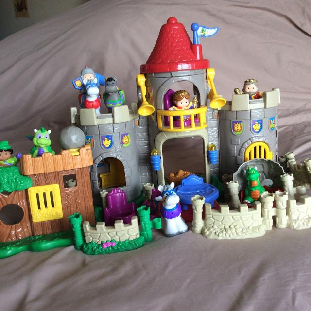 find more fisher price little people castle and robin hood for sale