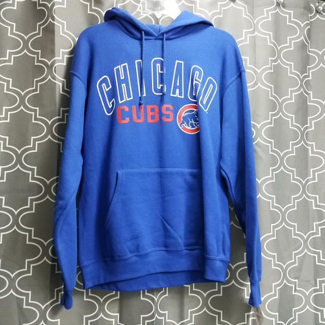 buy popular e9f94 6a355 NWT Chicago Cubs Hoodie Mens size M
