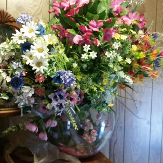 Find more fish bowl full of spring flowers for sale at up to 90 off fish bowl full of spring flowers mightylinksfo
