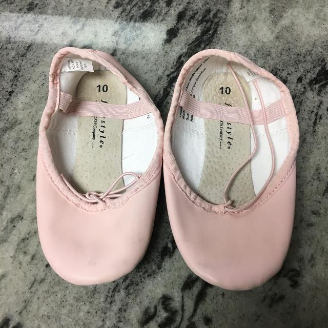 076ee7d3e854 Best Freestyle By Danskin Pink Ballet Slipper Size 10 Child Very Little  Wear ( 14.99 At Target)  7 for sale in Spring Hill