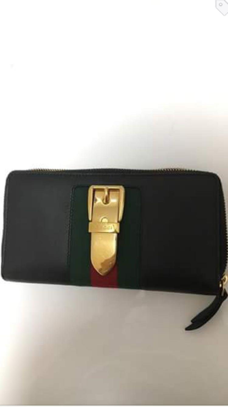 57abe549fd8b Best Gucci Sylvie Zipper Wallet for sale in The Beaches, Ontario for 2019
