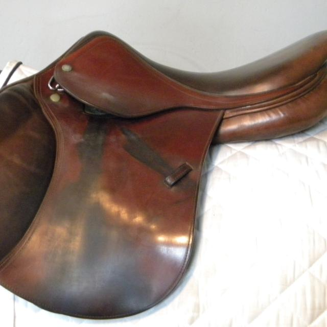 16 5 Amerigo Saddle
