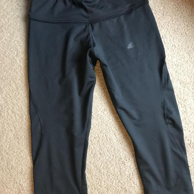 5ff9f945c5d Find more Adidas Workout Leggings Size Medium for sale at up to 90% off