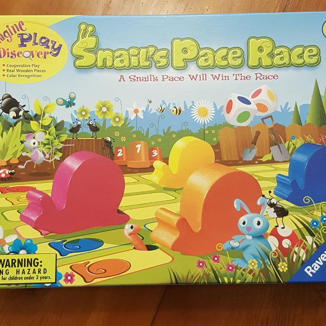 Snail's Pace Race game by Ravensburger