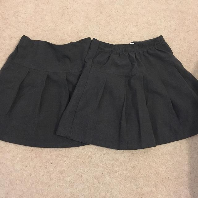 4989a2313 Find more Girls Grey School Skirts Age 4-5 for sale at up to 90% off