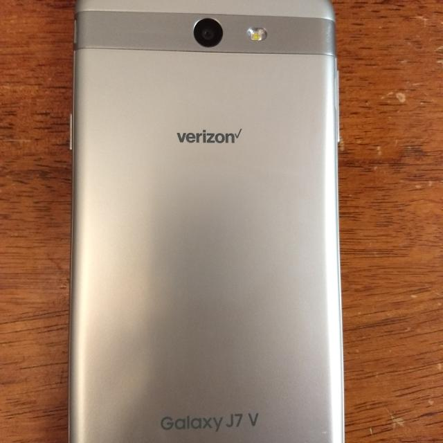 (unlocked) Verizon Samsung Galaxy j7 V