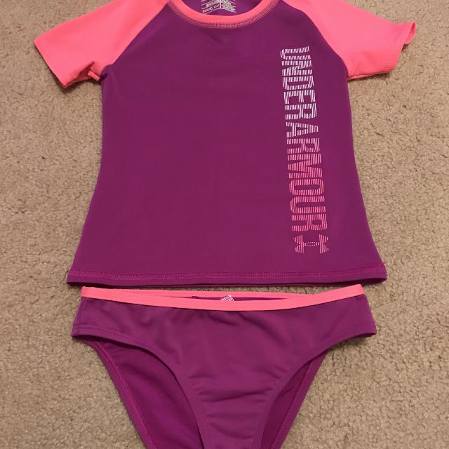fe9702aedc6 Girls Under Armour bathing Suit size 7