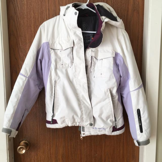 ddd6f2a9f4 Find more Young Ladies Ski Jacket for sale at up to 90% off