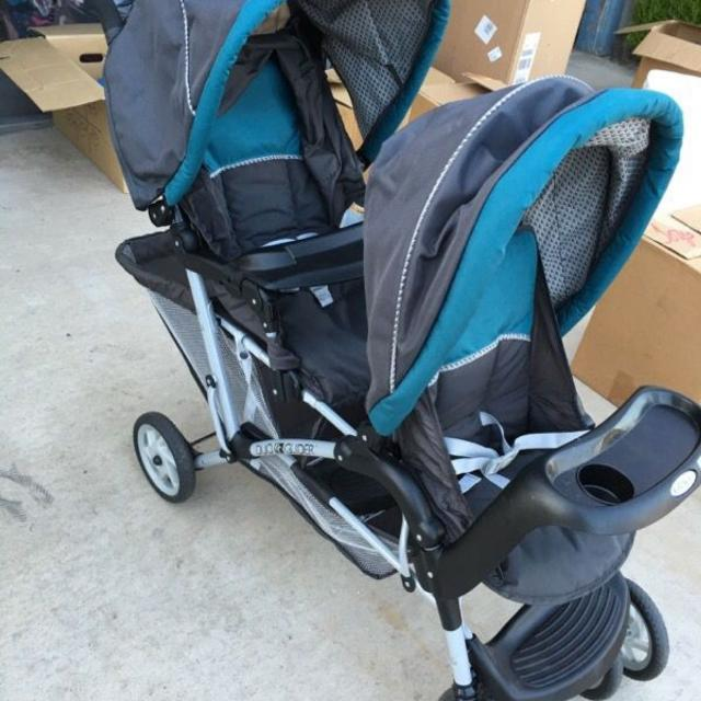 Like New Graco Duo Glider Double Stroller Grey Teal