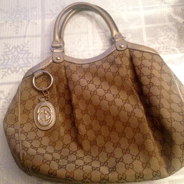 9fc84605f489 Find more Authentic Gucci Handbag (paid $800) for sale at up to 90% off