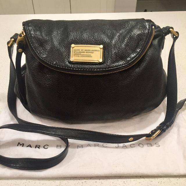 be79b9f18a Find more Authentic Marc Jacobs Crossbody for sale at up to 90% off