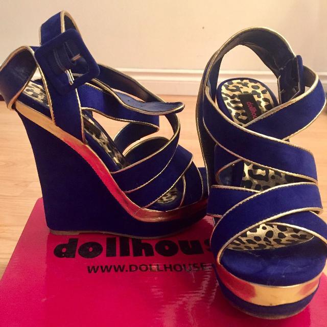 827ce4ffe34 Best  euc  Gorgeous Blue Velvet Dollhouse Wedges With Gold Trim for sale in  Regina