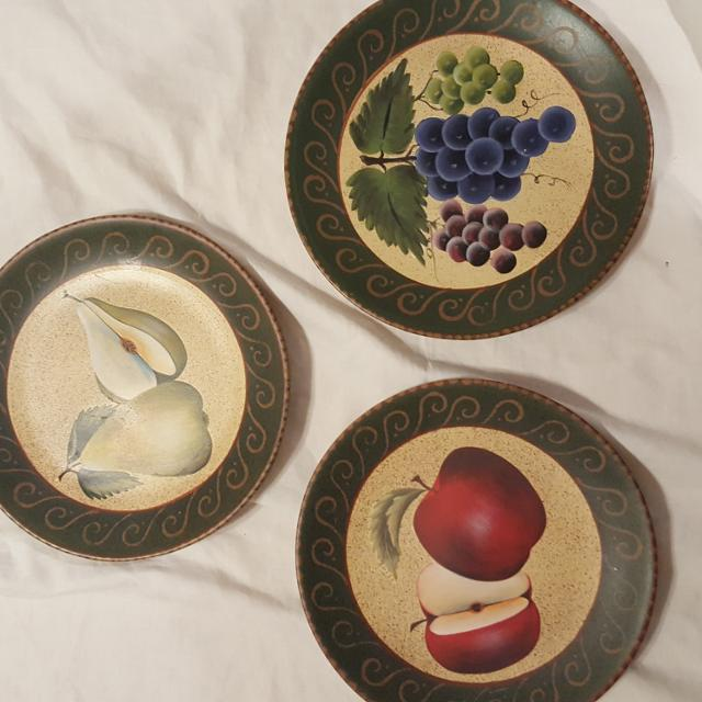 Home interiors fruit plates