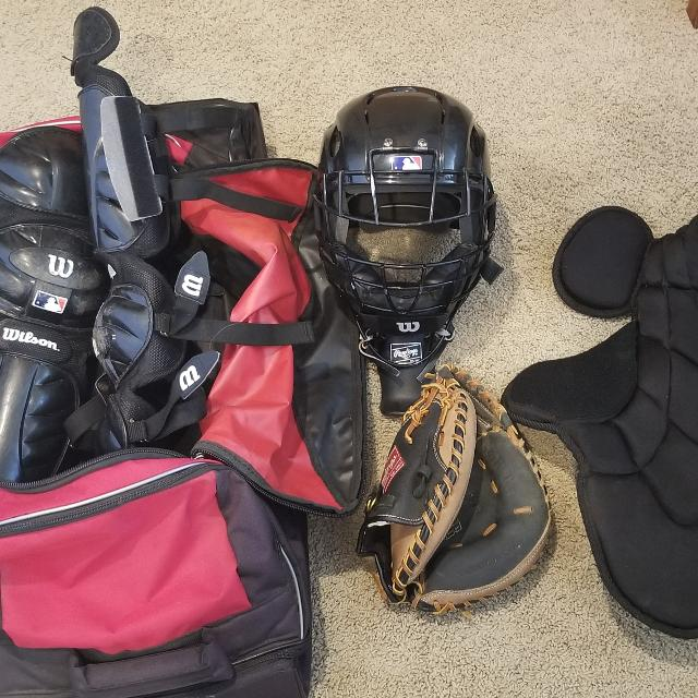 Find More Youth Age 12 Catchers Gear Bag For Sale At Up To 90 Off