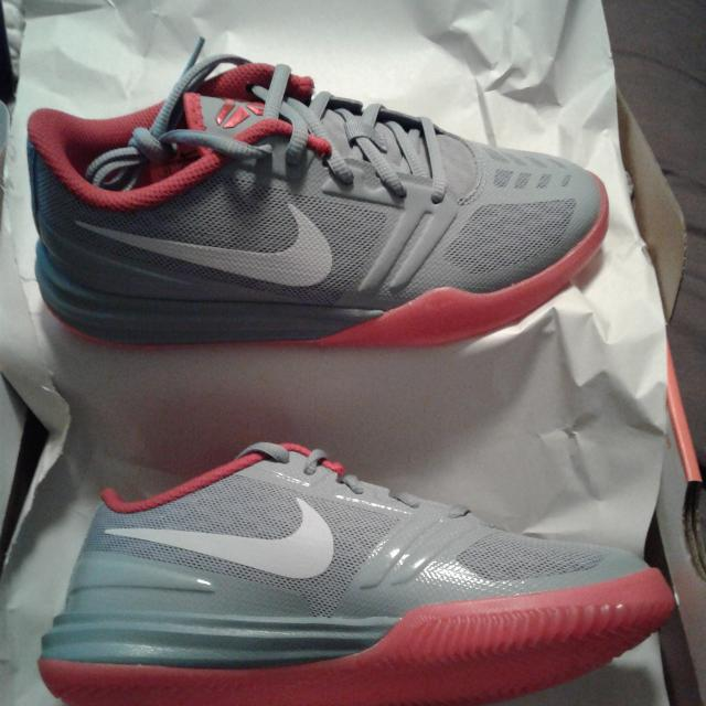 Best Nike Kb Mentality Dove Youth Basketball Shoes Size 4y (new Item) for  sale in Clarksville ea2e19c6a