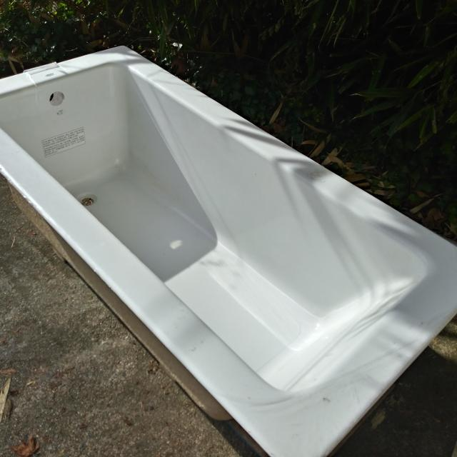 Best Deep Soaker Tub for sale in Gibsons, British Columbia for 2018
