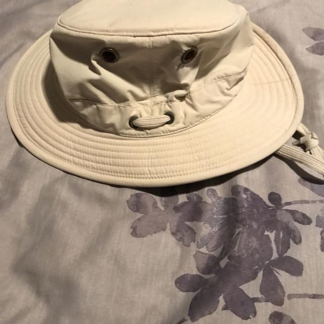3997f5cb Find more Euc Children's Tilley Hat for sale at up to 90% off