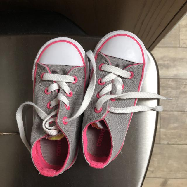 6098a2df341f66 Best Toddler Girl Size 8 Converse for sale in Shawnee