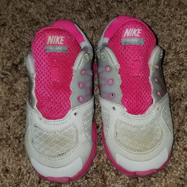 0ae0295be2 Find more Cute Nike Toddler Girls Size 8 for sale at up to 90% off