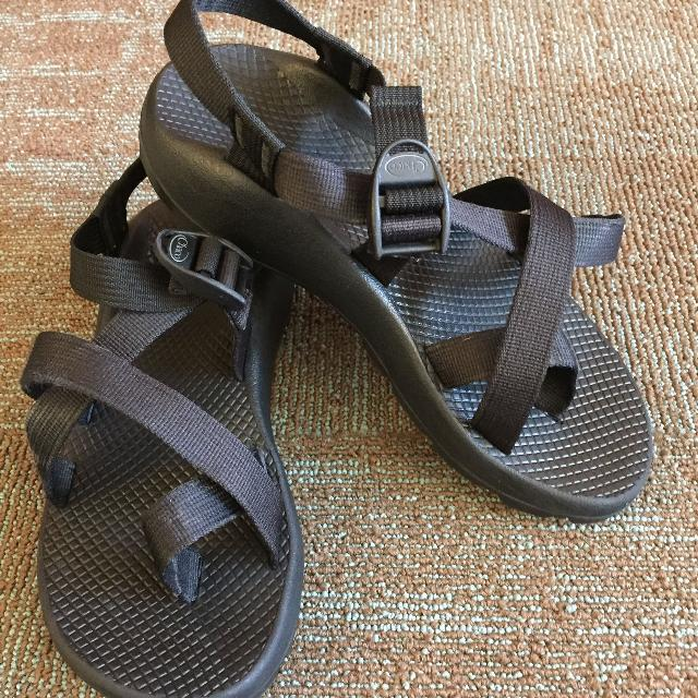 2387208b8dfd Find more Women s Black Chaco Z 2 Vibram Unaweep Sport Sandals