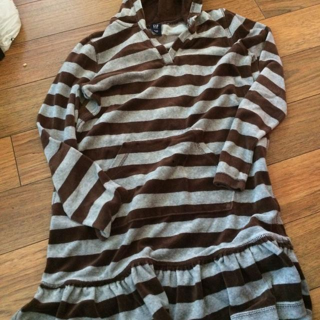 96c23b1b047c Find more Brown & Light Blue Hooded Dress Size 12. $1.00 for sale at ...