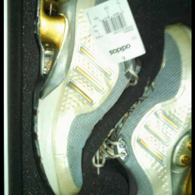 Adidas Smart shoe