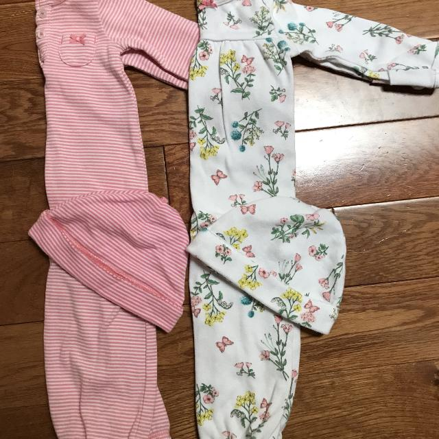 Find more Euc Girls Baby Carters Newborn Gowns And Hats for sale at ...