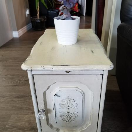 ISO a narrow end table similar to this, used for sale  Canada