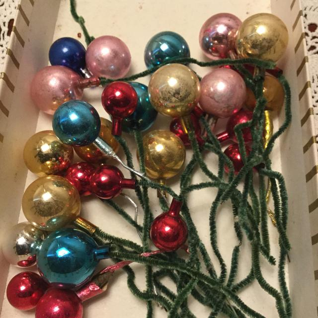 vintage mercury glass pipe cleaner ornamentscorsage picks - Vintage Pipe Cleaner Christmas Decorations