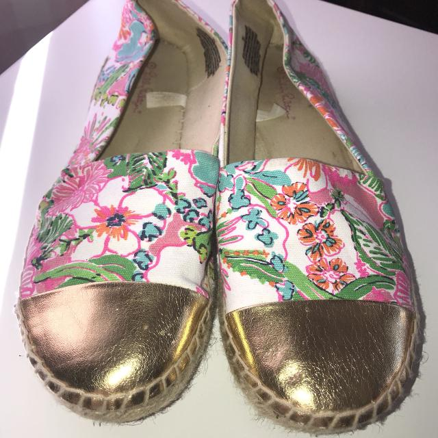 1b30126e794 Find more Lilly Pulitzer For Target Shoes 9.5 for sale at up to 90% off