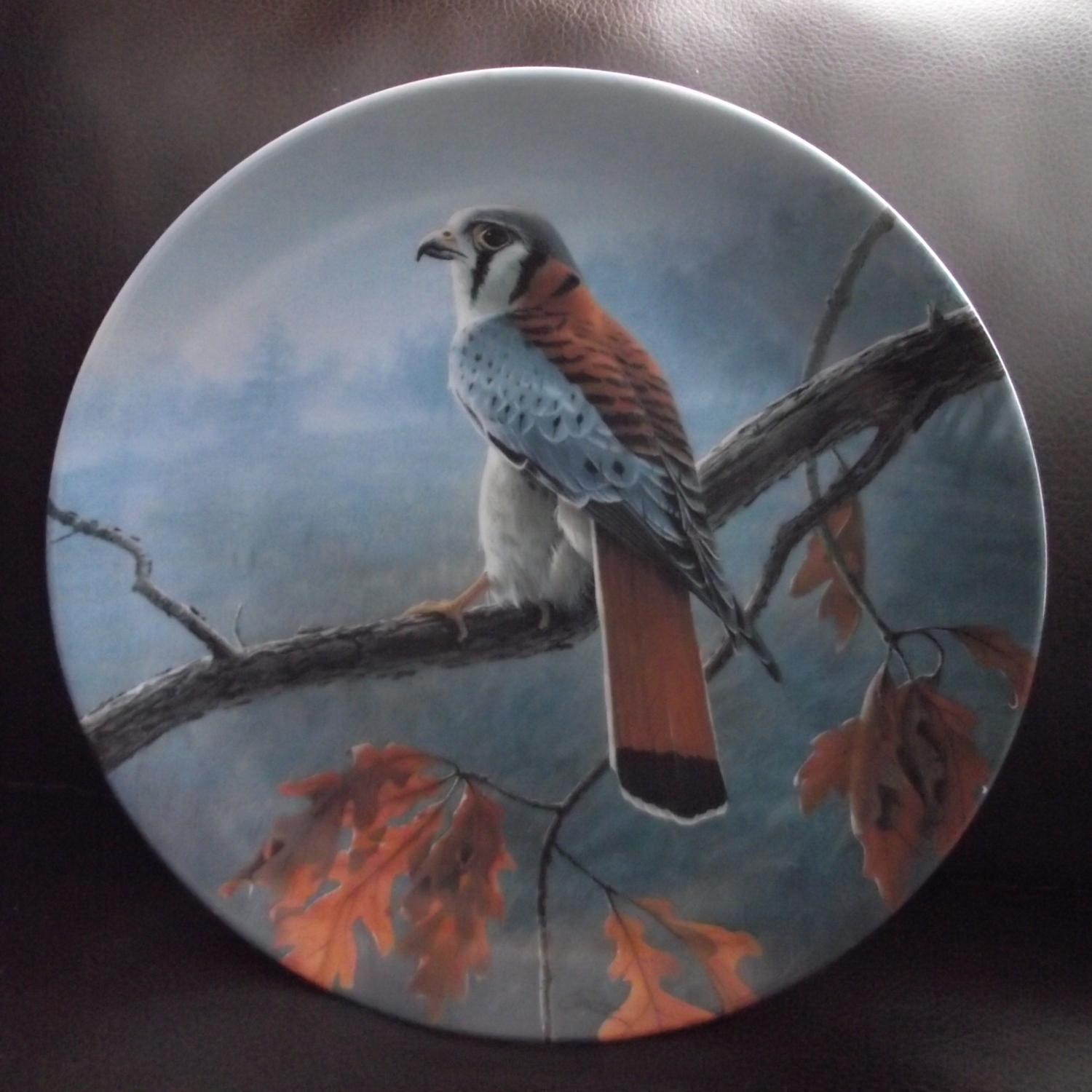 "Best Bradex Collectors Plate ""the American Kestrel"" The ..."