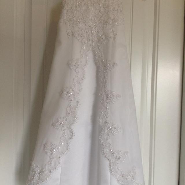 3ee6b4af813 Best David s Bridal White Flower Girl Dress Tag Says 3 for sale in Peoria