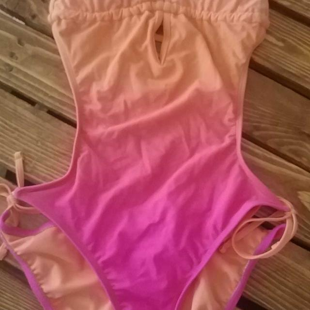 2333f37d9aba6 Best Super Cute Bathing Suit for sale in Victoria, British Columbia for 2019
