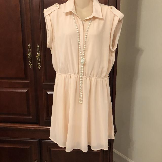 a53e62e2a57 Find more Reduced 12.00 Xl Charlotte Russe Gorgeous Dress With No ...