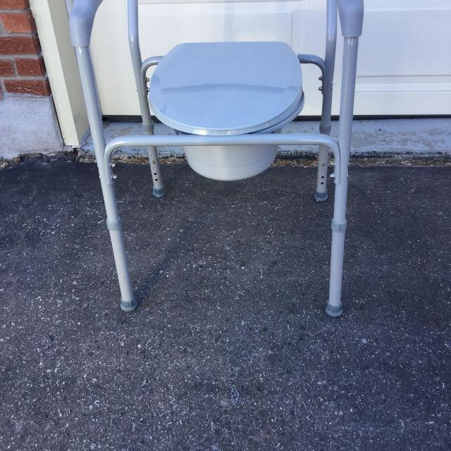 Best Toilet Commode for sale in Newmarket, Ontario for 2018