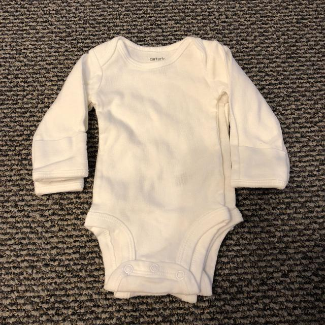 0d244bd9d Find more 3 Nb White Long Sleeved Onesies With Hand Covers for sale ...