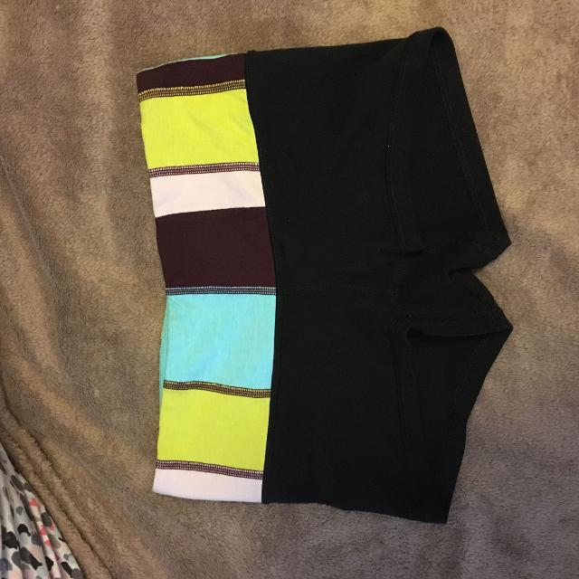 9643464be3 Find more Size 4 Lululemon Boogie Shorts for sale at up to 90% off