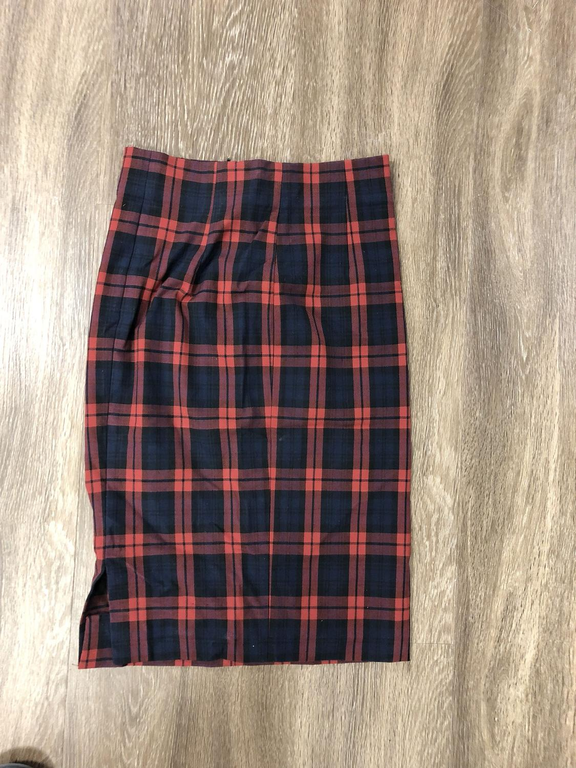 a38fffcd31f Best Zara Plaid Skirt Size S for sale in Dollard-Des Ormeaux