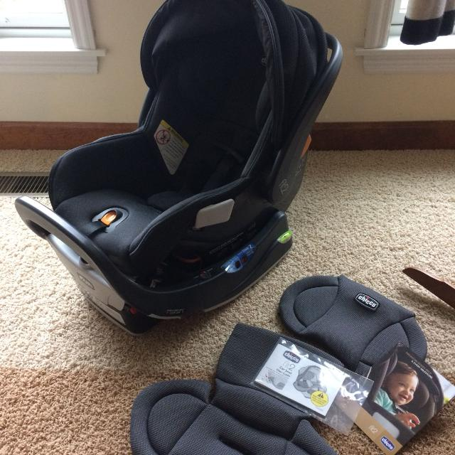 Best Current Chicco Fit2 Car Seat System (infant/toddler Seat, Base ...