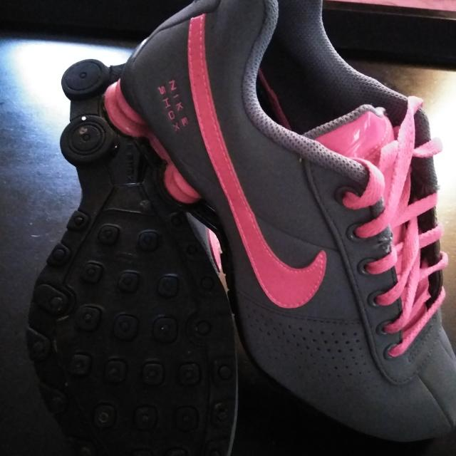 63ada94bfdfabb Find more Nike Shoxs for sale at up to 90% off