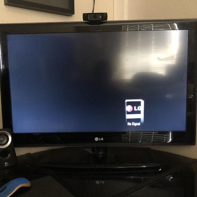 2017 37 inch lg tv works great
